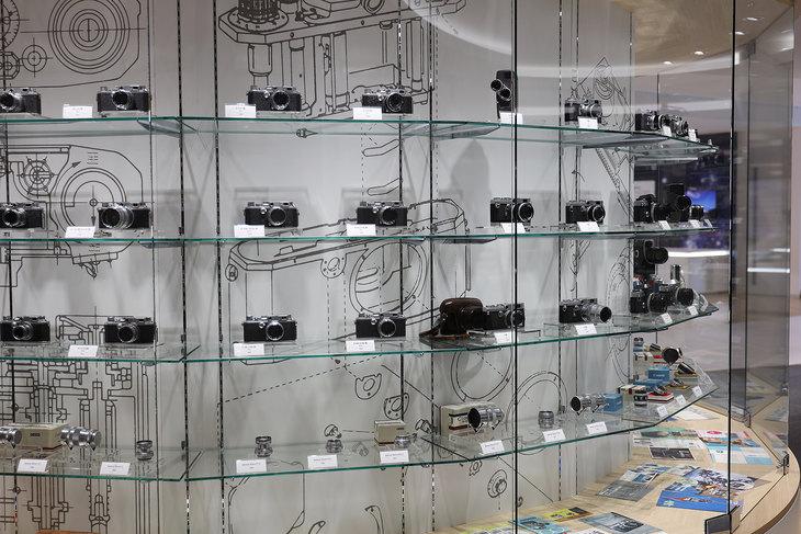 """与全新EOS R新系统一同""""共生"""" 佳能总部访问/高层访谈波粒摄像机"""