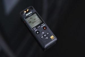 便携时尚机身设计  索尼PCM-A10 数码录音棒图赏