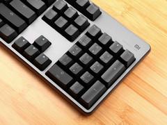 定制游戏手感轴体+RGB背光 229元小米游戏键盘评测