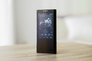 """经典设计""""小黑砖""""   索尼NW-ZX300A播放器图赏"""