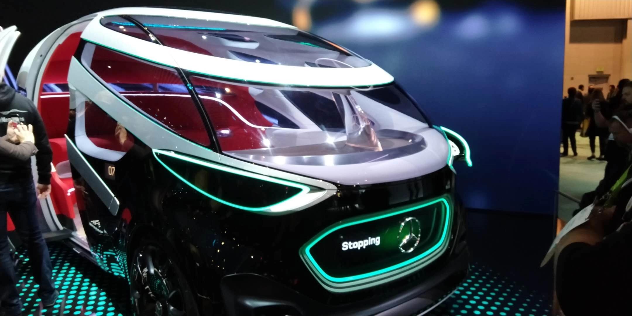 奔驰在CES上展出无人驾驶电动概念车:可载12人