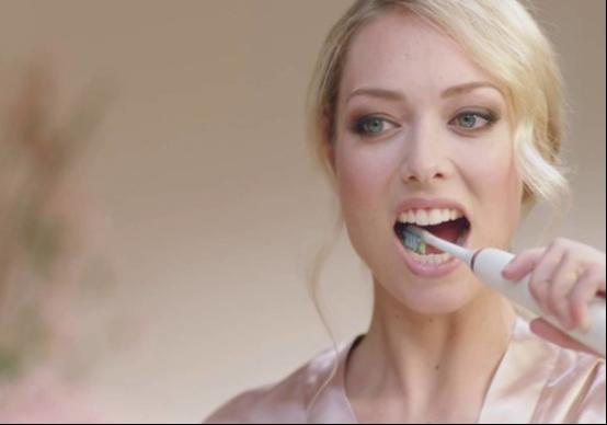 不可忽视的口气护理,优质牙刷带给你灿烂笑容