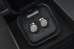 """高端""""鱼鳞纹""""面板设计  索尼IER-Z1R入耳式耳机图赏"""
