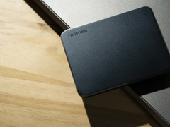 迷你身材 疾速传输,东芝XS700移动固态硬盘测评