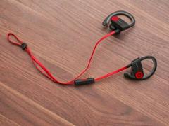 Beats:PowerBeats无线运动耳机将于四月发售