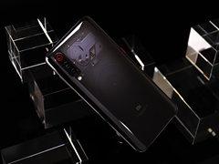 """一天兩款新品 競爭愈發激烈 手機市場或將迎來""""終局之戰"""""""