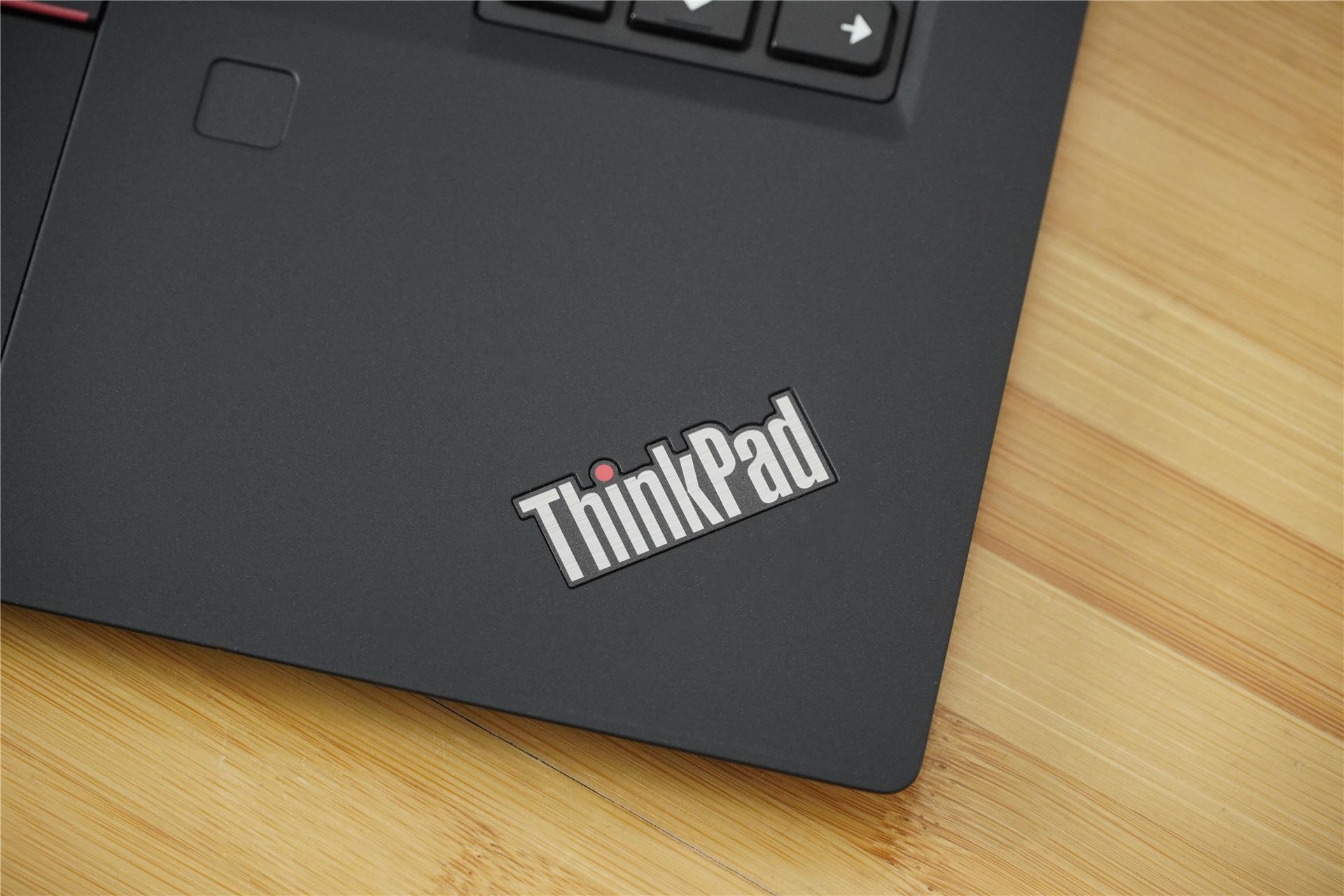 """ThinkPad X390 4G版全解析:这个""""小黑""""有点不一样"""