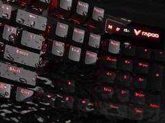 防水悍将 雷柏V580S防水背光游戏机械键盘图赏