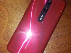 红米8A真机曝光:水滴屏+5000mAh大电池
