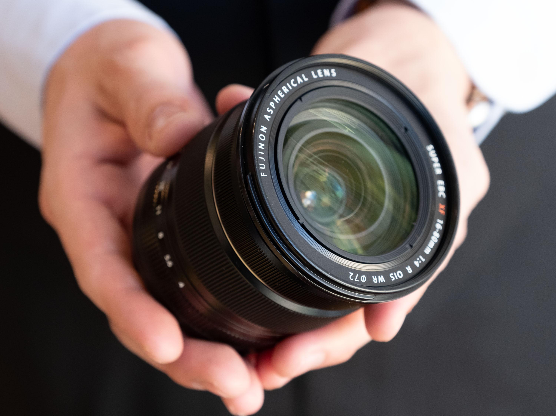 减轻旅行负担 相机搭配怎样的镜头适合一镜走天下?