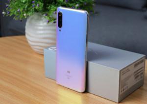 小米 9 Pro 5G图赏:静如青玉 动似彩虹