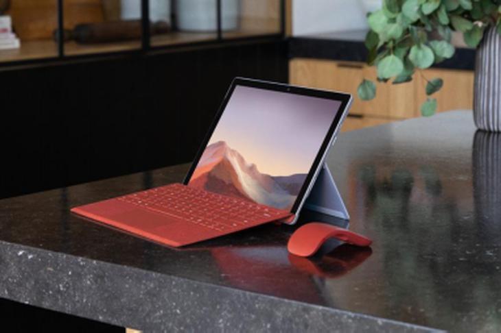微软商用Surface联合京东企业购 赋效办公数字转型