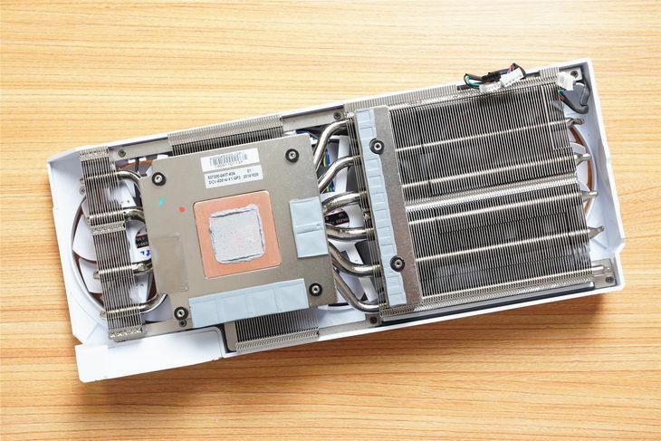 顶级性能强悍散热 影驰RTX 2070 Super名人堂10周年纪念版显卡评测
