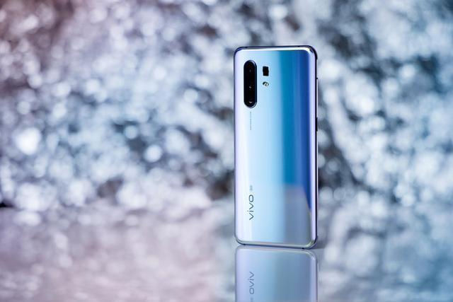 60倍变焦+双模5G,最会拍照的5G手机vivo X30 Pro不容错过