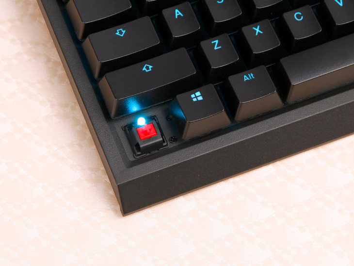 手感一流售价更诱人!雷神娜迦海妖Cherry轴机械键盘评测