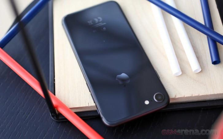 苹果5.4寸小屏旗舰曝光:iPhone 8大小,Face ID+A13