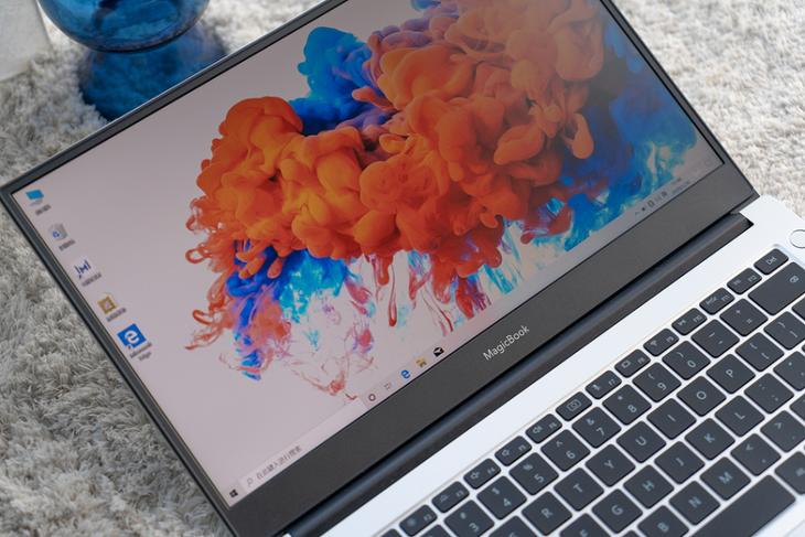 新贵势力,高性价比典范,荣耀MagicBook 14更出色