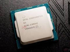英特尔酷睿i9-10900处理器实拍图曝光