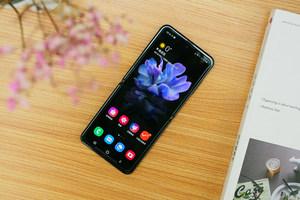 三星Galaxy Z Flip图赏:手机界的颜值担当