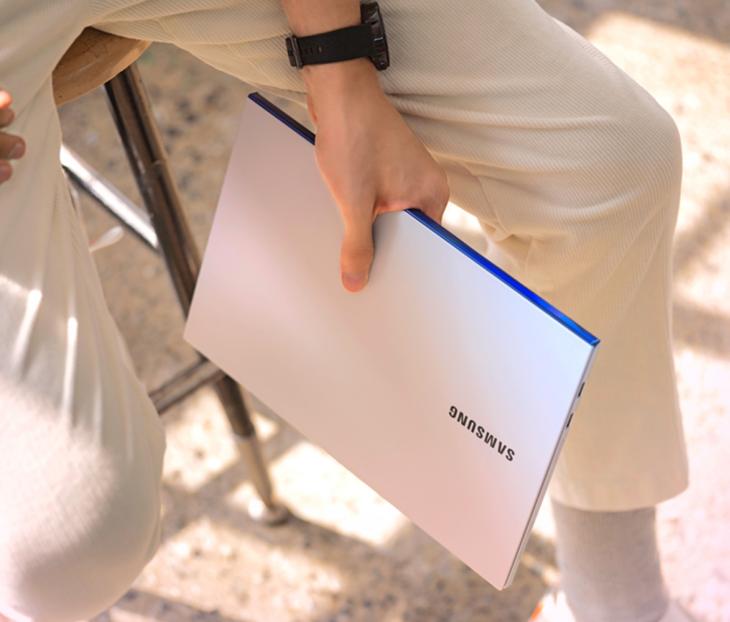 三星发布Galaxy Book Ion:QLED屏笔记本