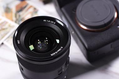 高画质轻量化 索尼SEL20F18G镜头图赏