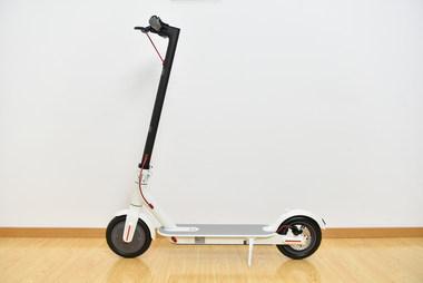 新增可视化仪表盘/售价1999元,米家电动滑板车1S开箱上手