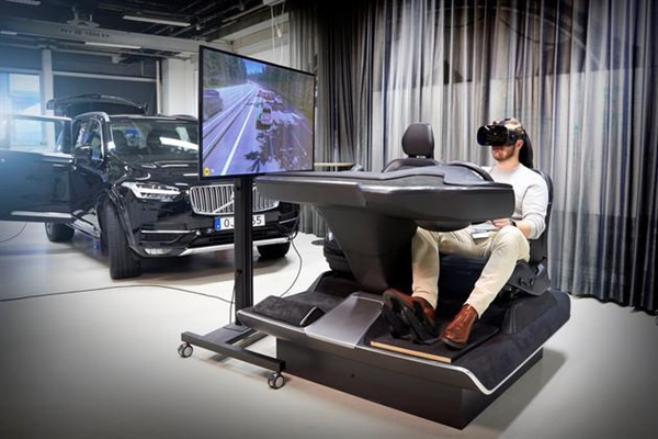 赛车游戏爱好者的梦想,沃尔沃推出超拟真驾驶模拟装置