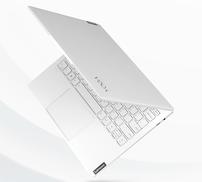 联想Yoga新品发布:白色碳纤维机身,966克