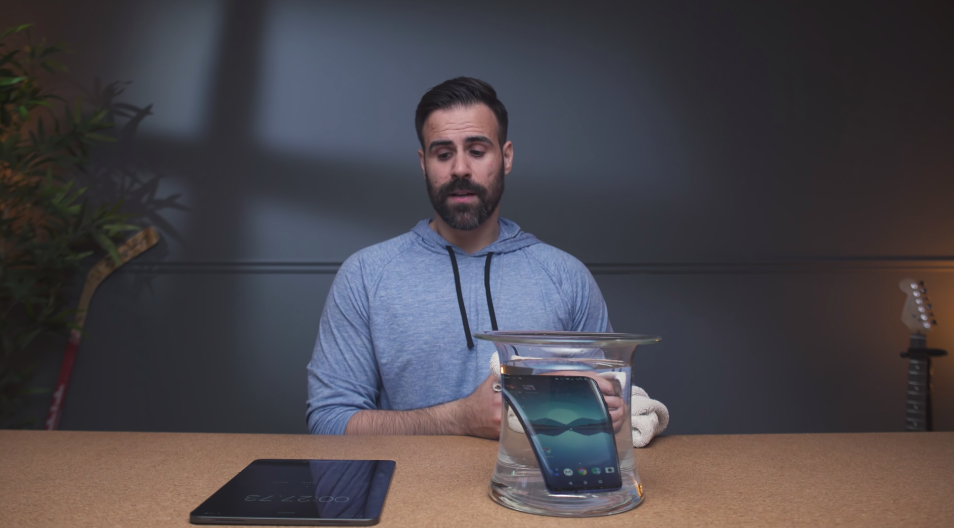 一加 7 Pro在水中浸泡30分钟 结果如何?