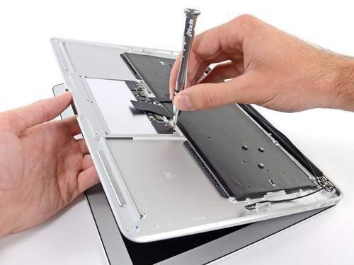 苹果在线宠粉!免费维修MacBook屏幕涂层,长达4年
