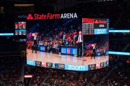 首块三星360°LED屏幕入驻NBA,点亮亚特兰大老鹰队主场