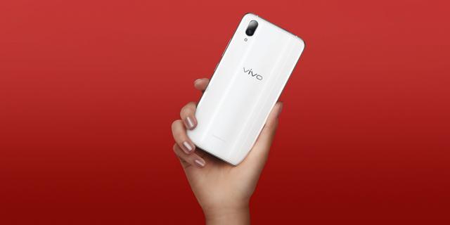 国内手机市场Q3销量出炉:vivo险胜OPPO成第一,华为/荣耀大涨